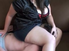 Bbw fcaesitting skirt