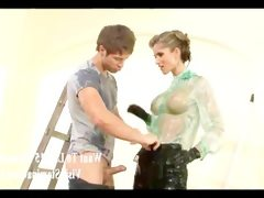 Horny babe fucks the painter