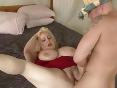 Heavy chested chubby blonde gets her..
