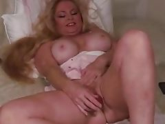 Bbws hot wet hole used with toys