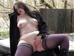Emmas bbw flashing and amateur public..
