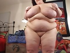 Huge titted momma