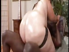 Bbw with huge ass gets fucked