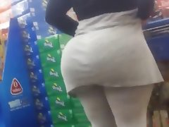 Massive mature tourist phatty at walmart